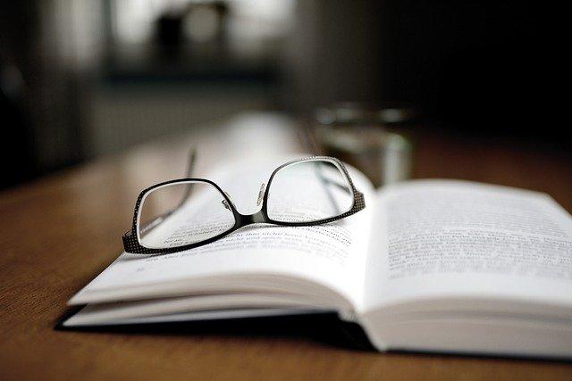 book-4600757_640